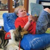 Reading to Dogs at the Library